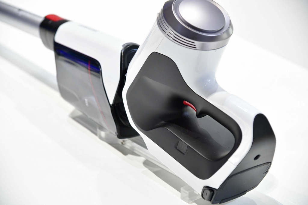 Samsung Unveils All-New Cordless Vacuum POWERstick PRO™ at IFA 2017