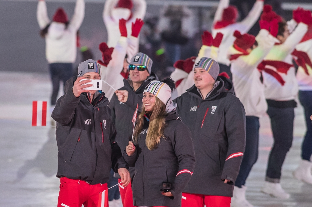 Paralympians Capture and Share Moments of the Opening Ceremony at the PyeongChang 2018 Paralympic Winter Games with their Exclusive Galaxy Note8