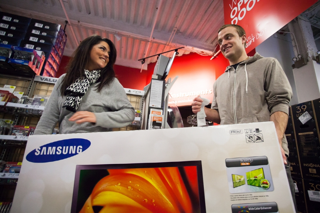 Samsung TV at Best-Buy Stores on Black Friday