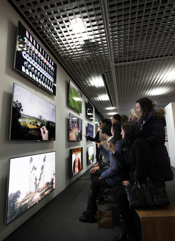 Samsung Smart TV to Support Digital Furniture Exhibition