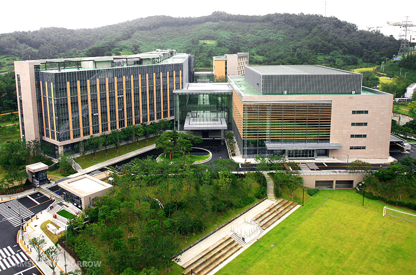 Samsung Electronics Leadership Center Inspires Both Work and Leisure