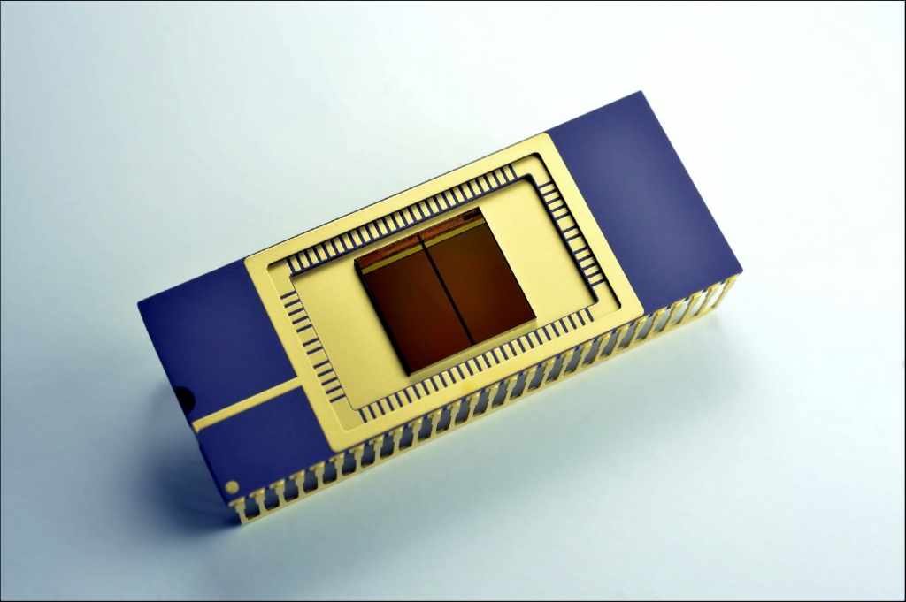 Samsung Starts Mass Producing Industry's First 3D Vertical NAND Flash