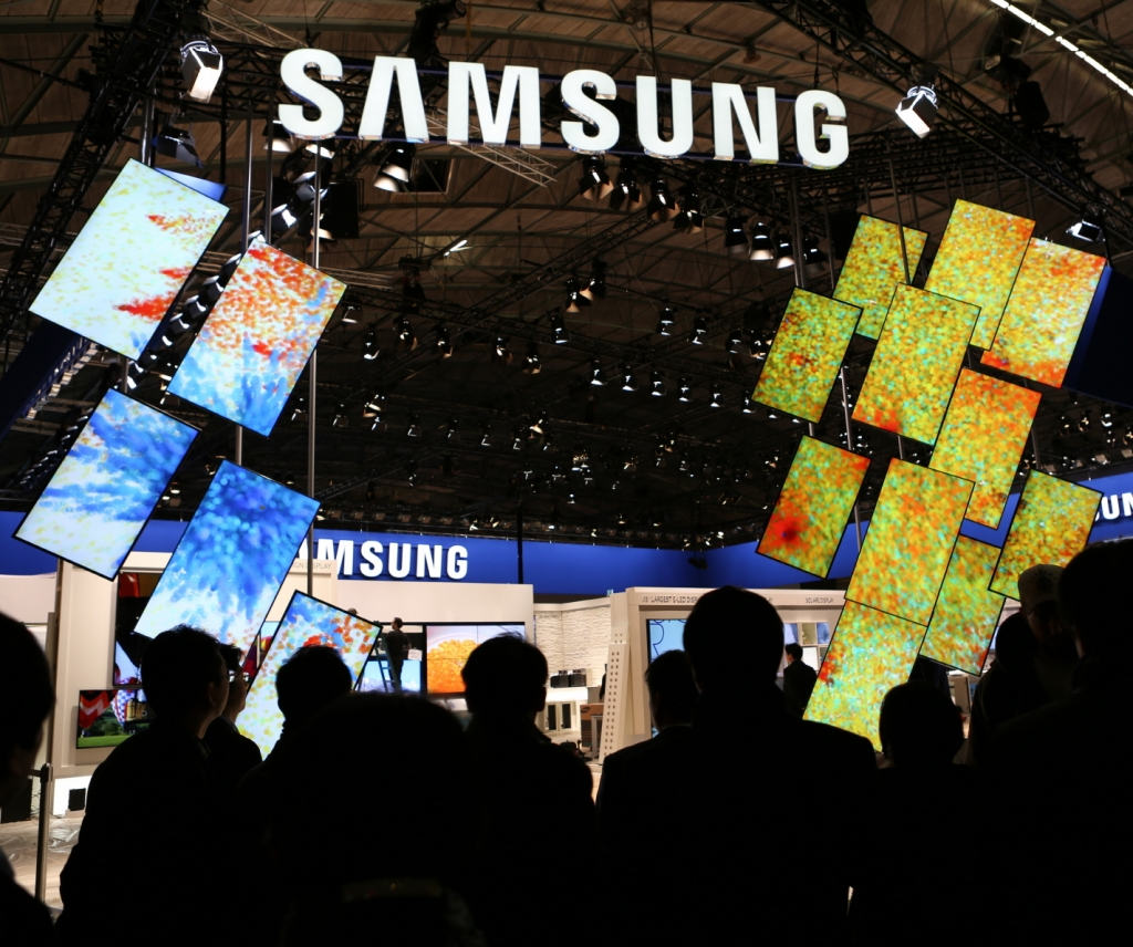 Samsung Showcases Commercial Display Technologies at ISE 2013