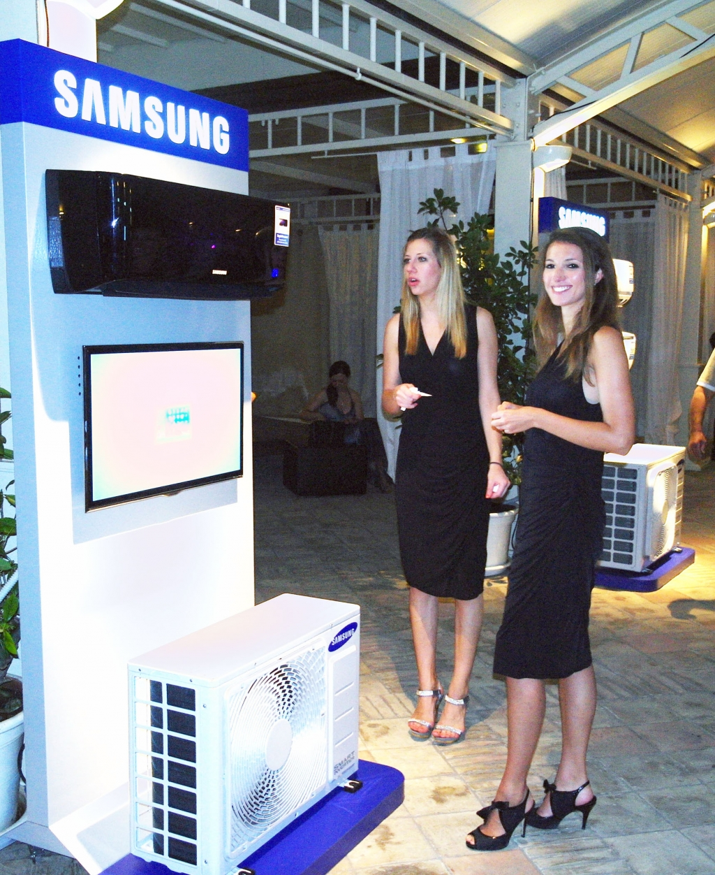 Samsung A/C Honored with Company to Watch Award in Italy