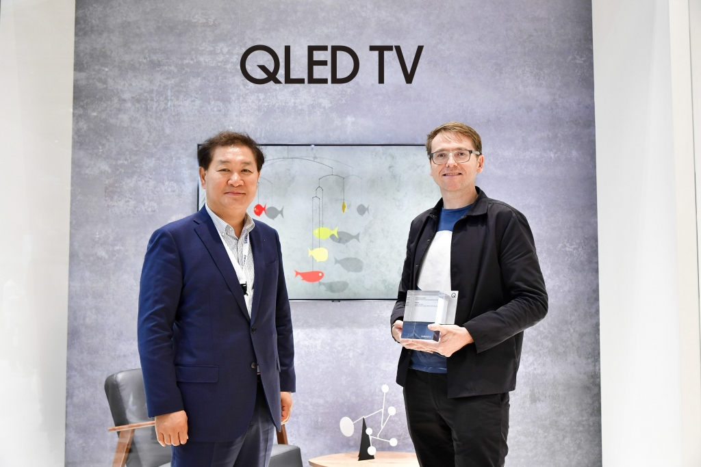 Samsung Electronics and Dezeen Announce the Winner of the QLED TV Ambient Mode Design Competition