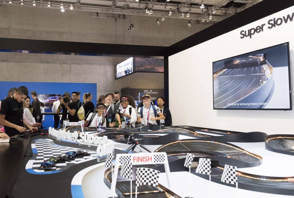 IFA Docent Series, Part 3 – Witness the Power of the Galaxy Note9 in Dedicated Samsung Town Experience Zones