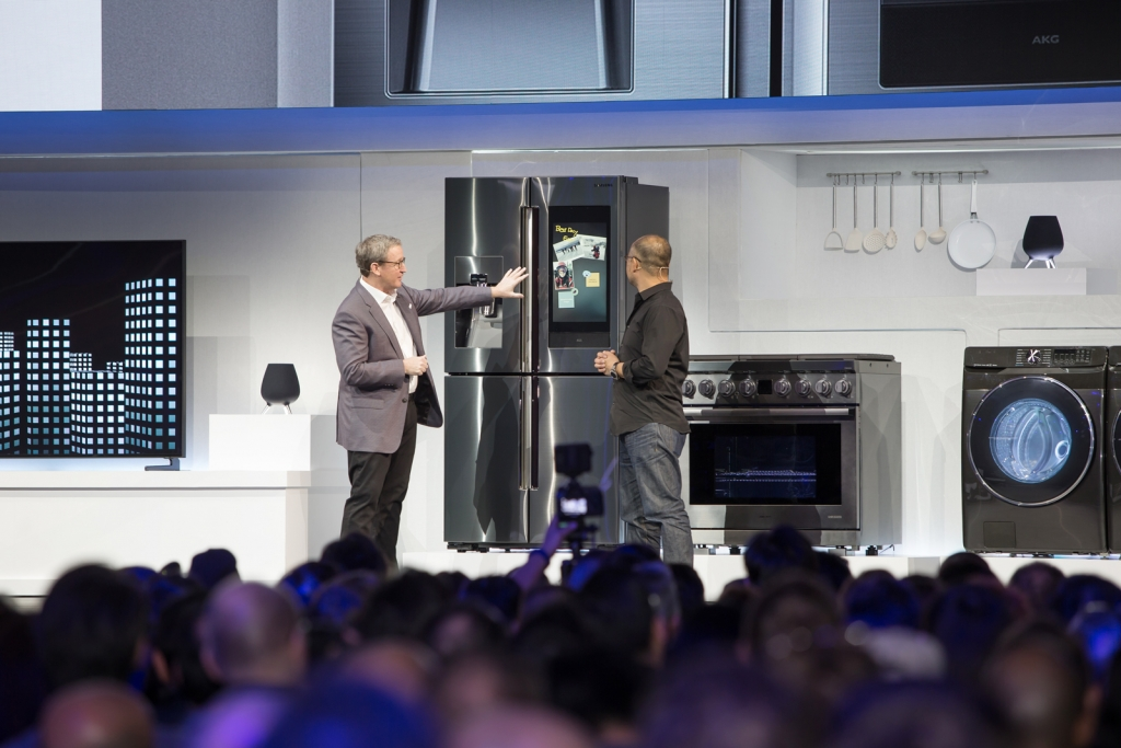 CES2019 Samsung Press Conference_Familly Hub 2019_Connected Home Demo