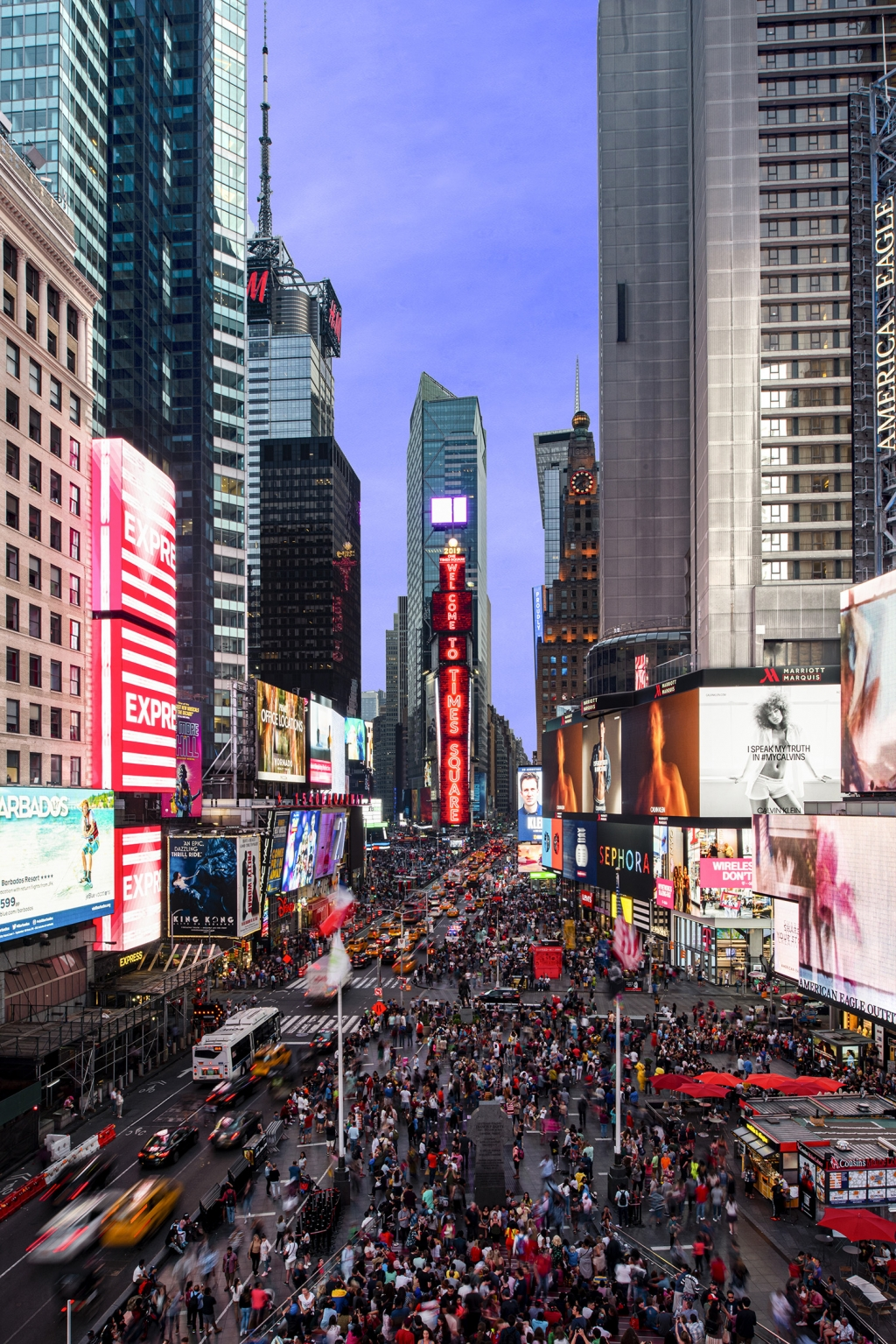Samsung Installs Momentous New LED Displays in the Heart of New York`s Times Square