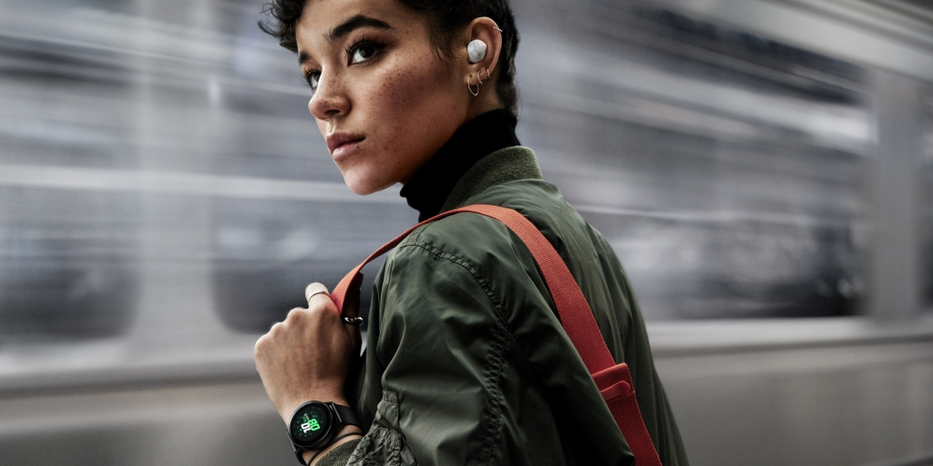 Do More on Your Galaxy Buds with New Software Updates