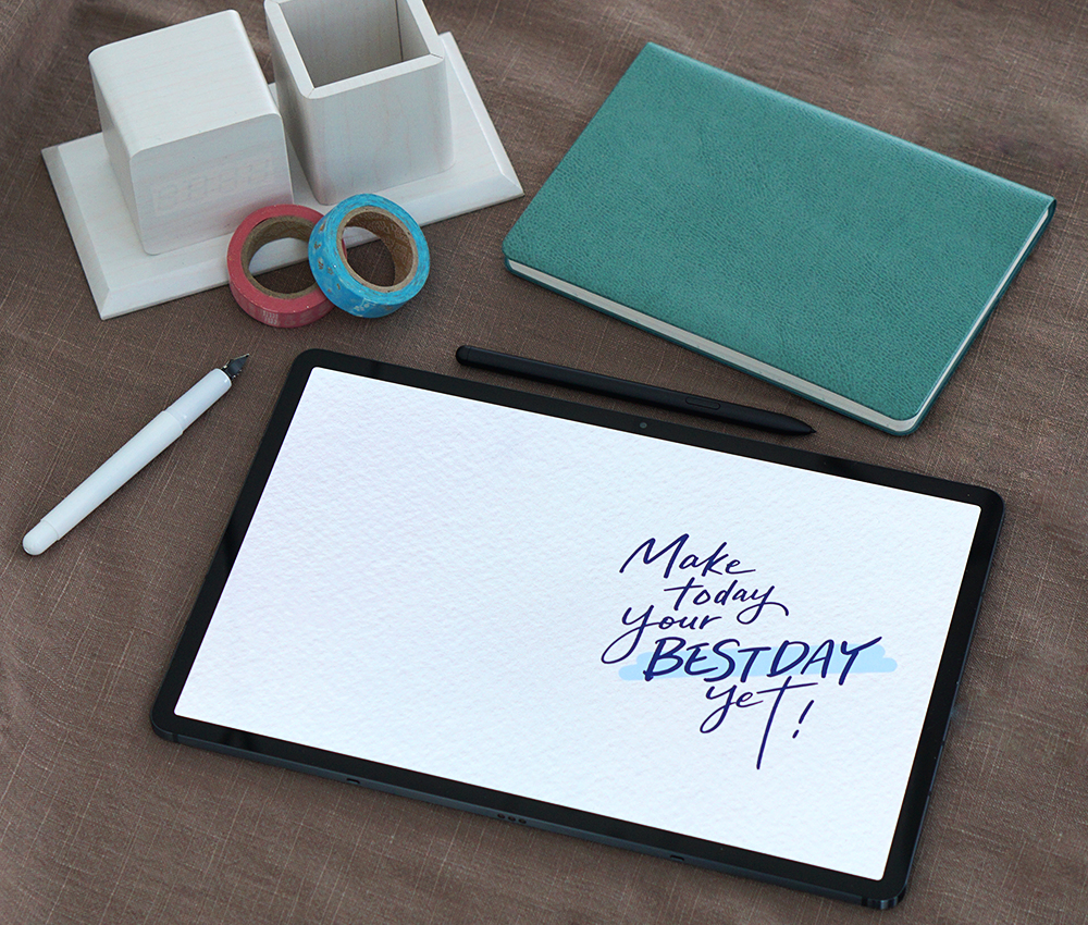 Season's Greetings with a Twist: Master Calligraphy with the Galaxy Tab S7+