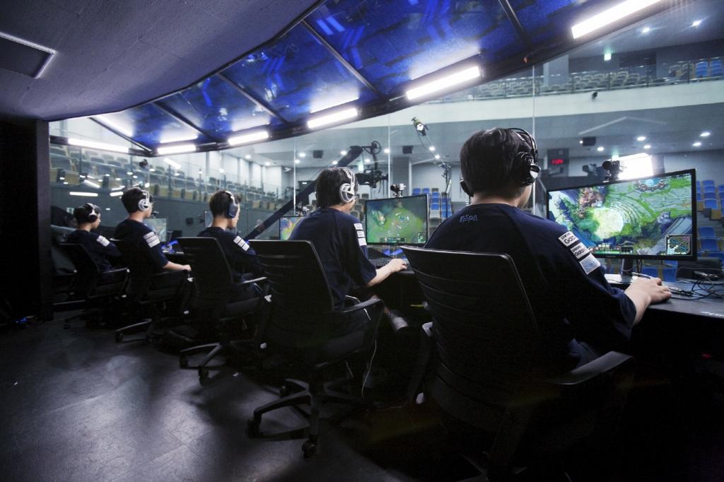 삼성전자, 갤럭시 프로게임단에 게이밍 모니터 공식 후원