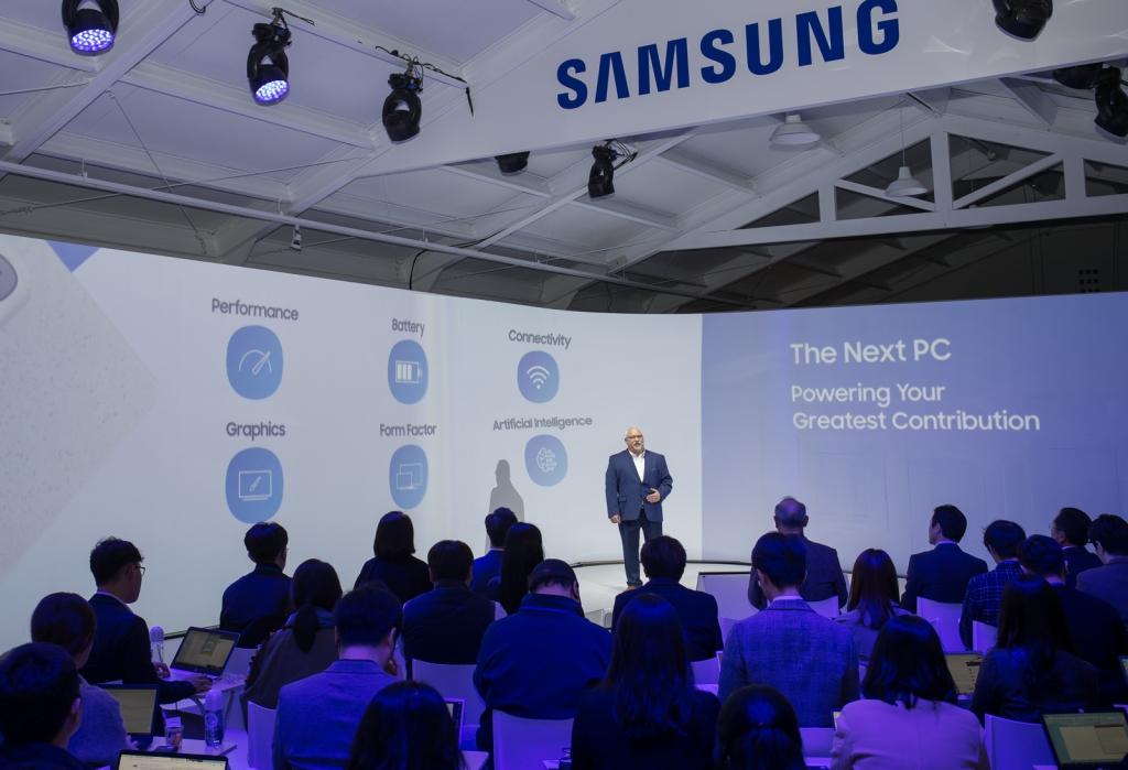 삼성전자, 최고의 무선인터넷 속도에 새로운 스타일을 담은 '삼성 노트북 Flash' 국내 출시