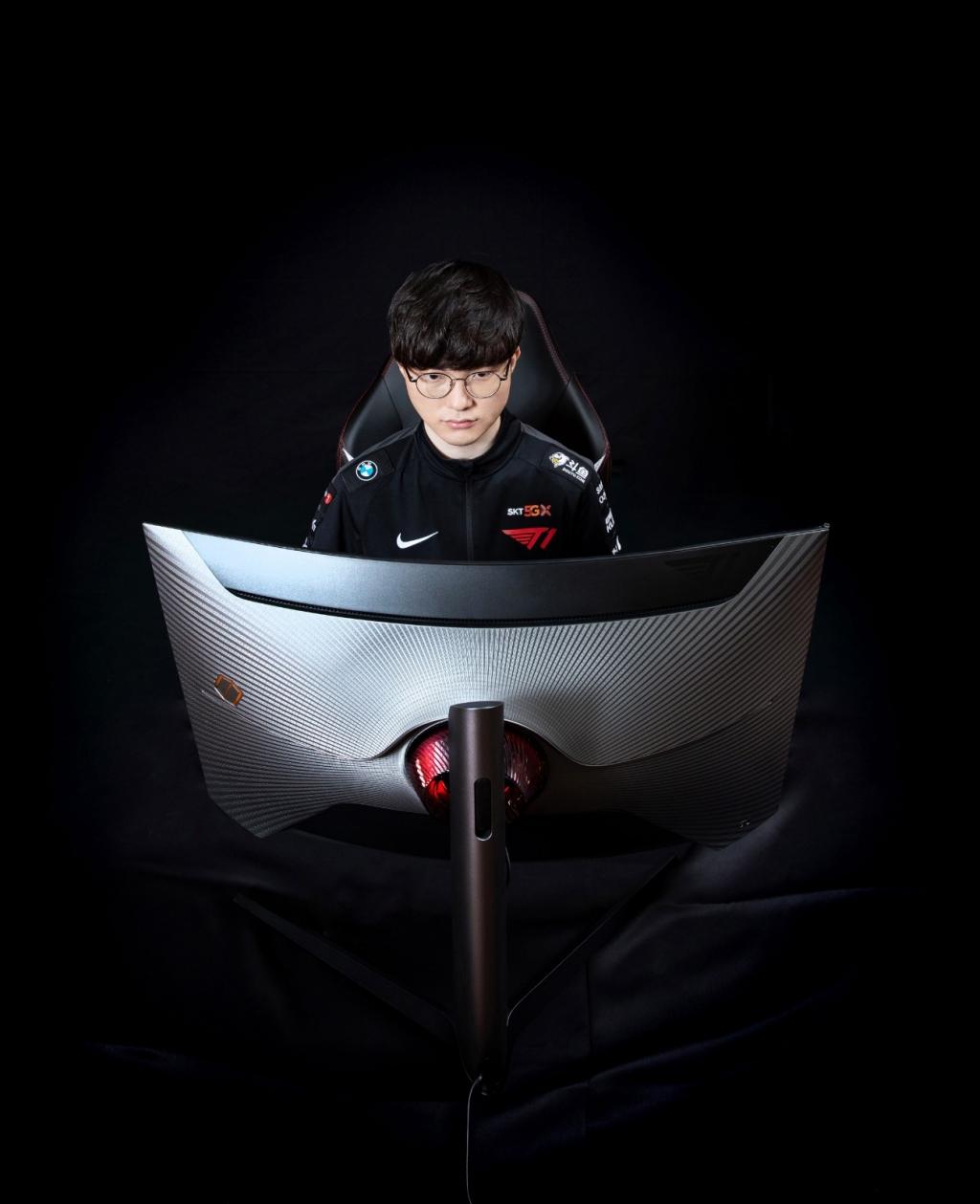 삼성전자, 게이밍 모니터 '오디세이 G7 T1 페이커 에디션' 국내 출시