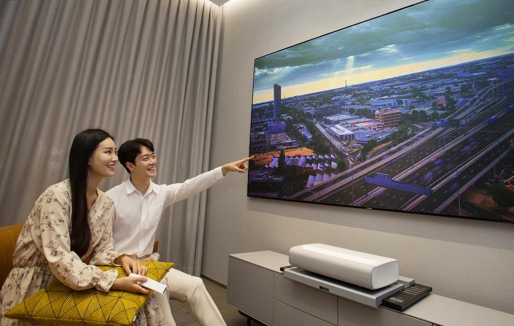 삼성전자, 프리미엄 홈 시네마 프로젝터 '더 프리미어' 국내 출시