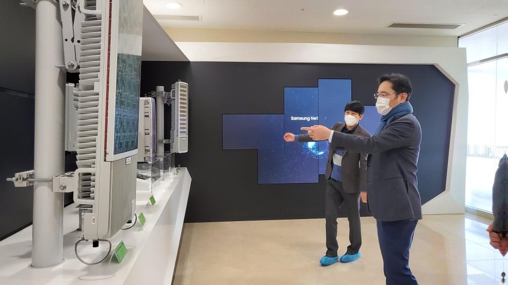 이재용 부회장, 삼성리서치에서 미래기술 점검